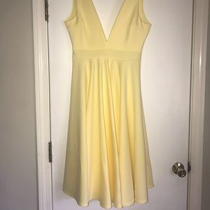 Never worn Boohoo midi lemon yellow dress!